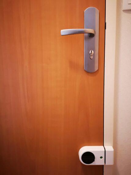 Installation verrou de sécurité porte rennes